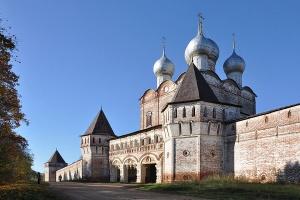 Известные монастыри России