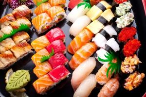 Почему суши так популярны в России?