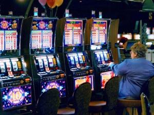 Что нужно для того, чтобы играть в игровые автоматы?