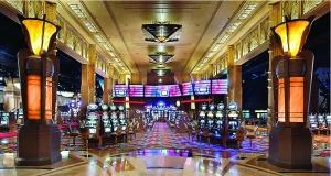 Зал казино онлайн Вулкан: обзор слотов